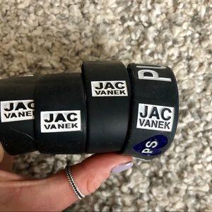 Jac Vanek